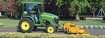 John Deere Traktor kehrt Wege