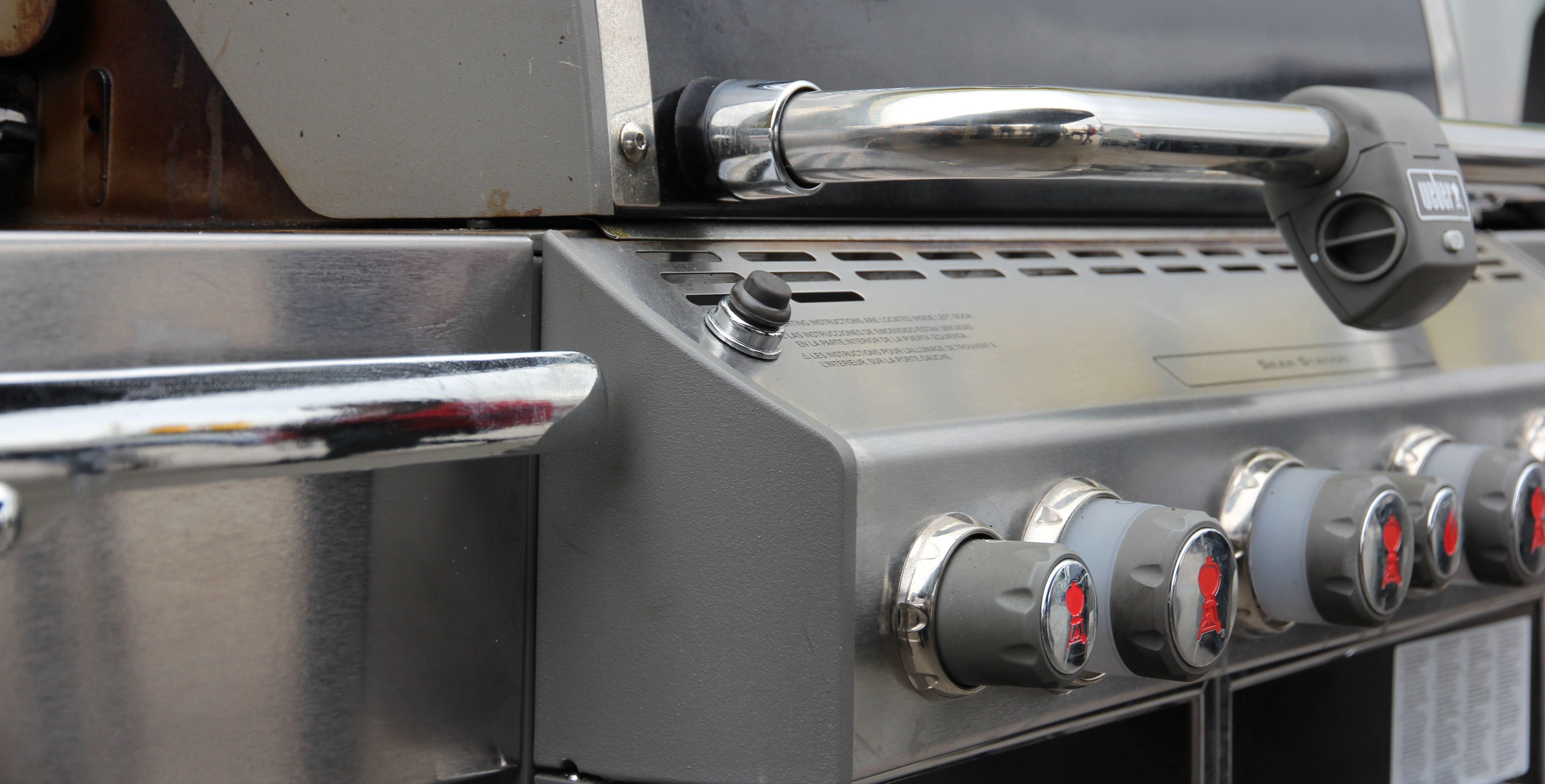 Weber Elektrogrill Lagerhaus : Gasgriller beim grillen gas geben lagerhaus hollabrunn horn