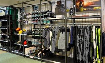 Neuer Shop Für Arbeitsbekleidung Lagerhaus Vöcklabruck